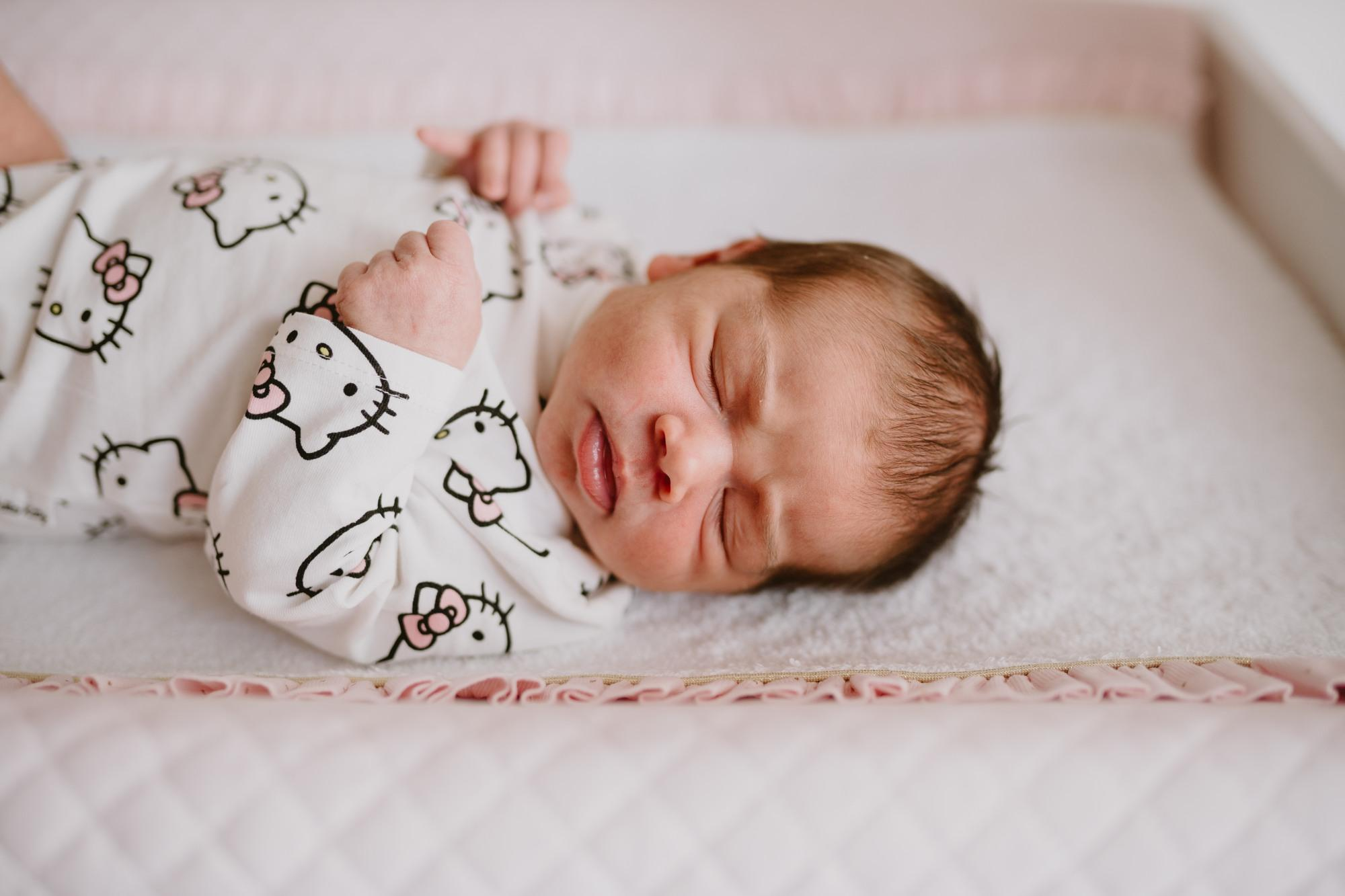 sesja noworodkowa w domu warszawa